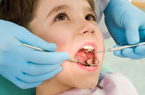 стоматологов