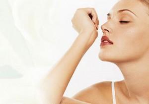 От чего зависит тот или иной запах тела?