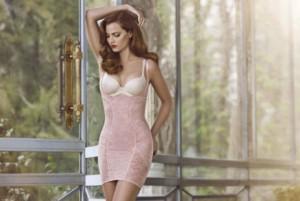 Как можно подчеркнуть талию с помощью одежды?
